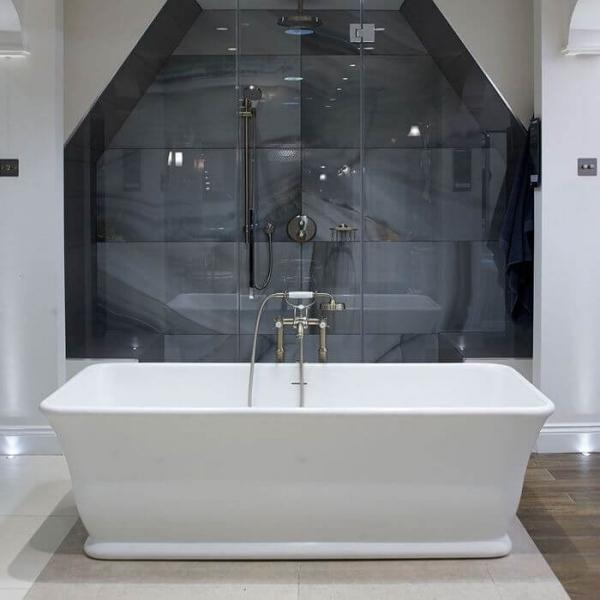 Magnus Bath