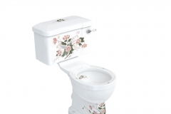 English Garden close-coupled WC and ceramic lever cistern